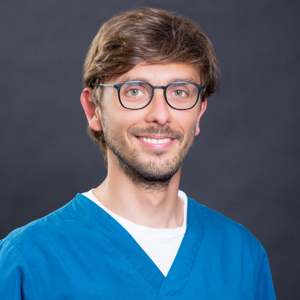 Dr. Adrian Timofte
